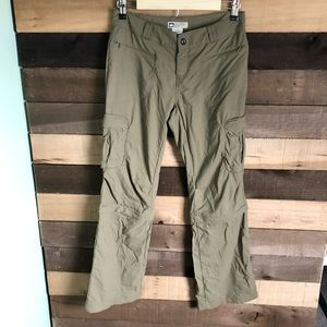 REI Brown Pants with Shorts Womens 4 Pet